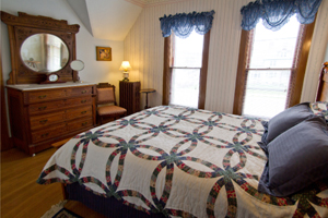 Cadbury Room at Scandinavian Inn | Lanesboro MN